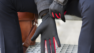 Manus VR Finger Tracking Gloves Have Entered Production