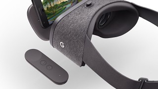 Google Daydream View Mobile VR Headset Launches
