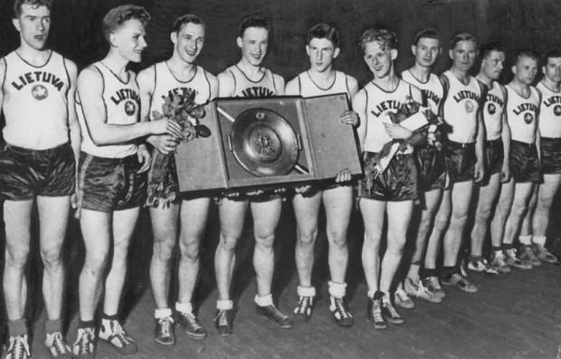 "Lithuania 1936 + ""Kauno Radiofonas"" for HOI4 1.7"
