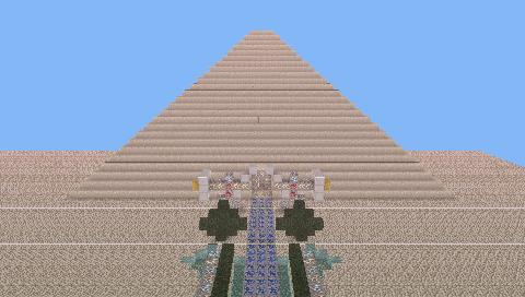 Huge pyramid, by jukki