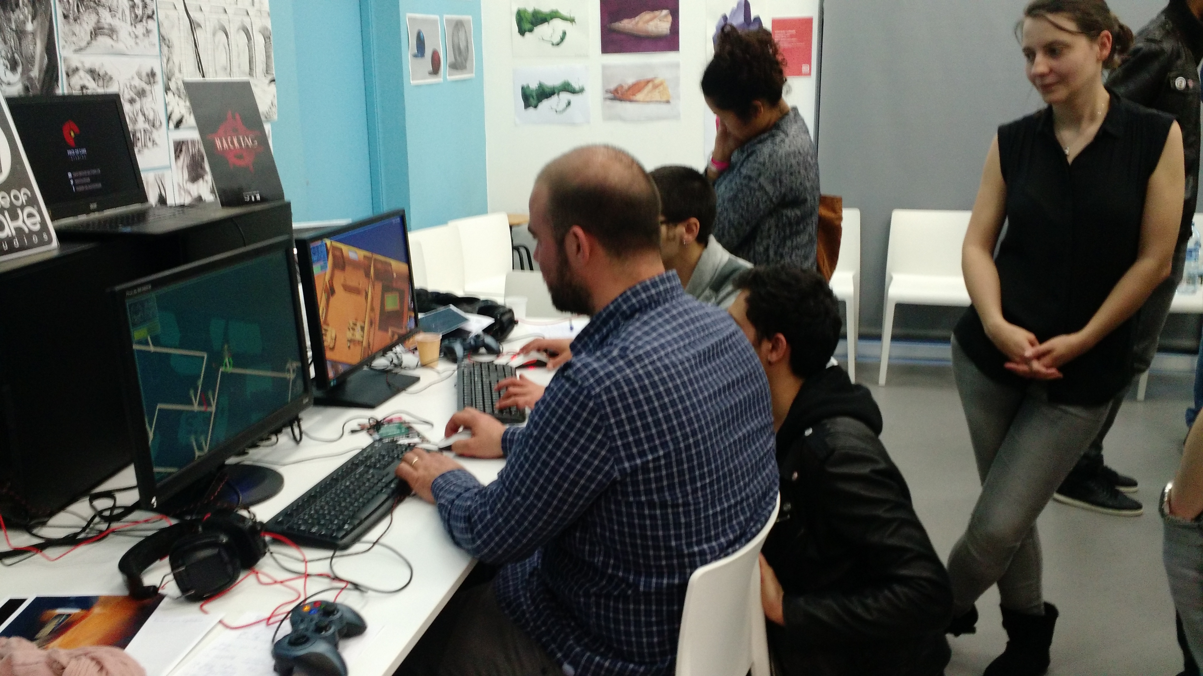 IGP6-indie game event - Hacktag booth.