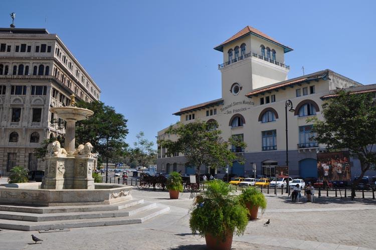 Terminal de Sierra Maestra Plaza